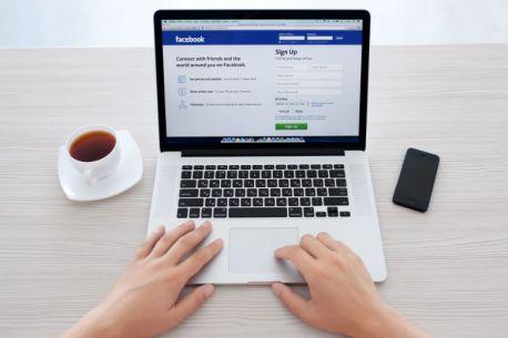 ganhar dinheiro pelo facebook